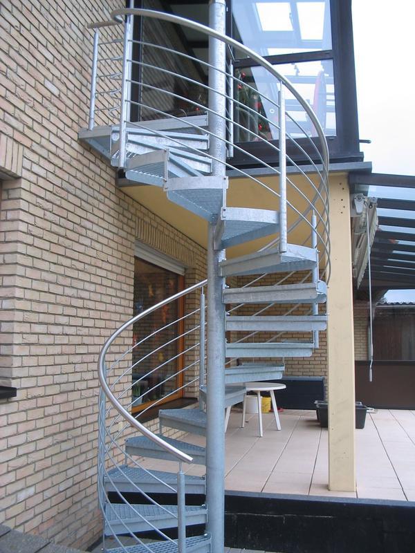 metalltreppen und treppenanlagen aus dem raum warburg. Black Bedroom Furniture Sets. Home Design Ideas